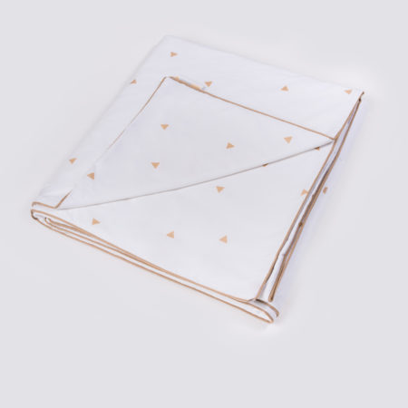 cubrecama triangulos moises